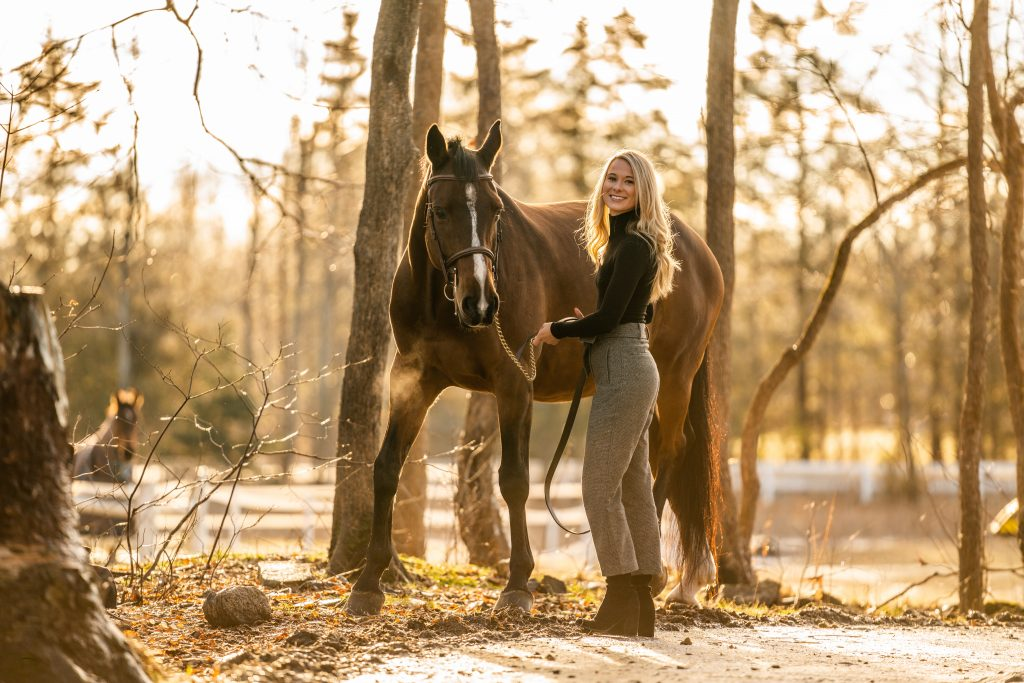 girl and horse golden light